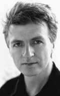 Composer Neil Finn - filmography and biography.