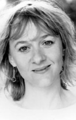 Actress Niamh Cusack - filmography and biography.