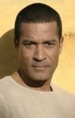 Phil Morris movies and biography.