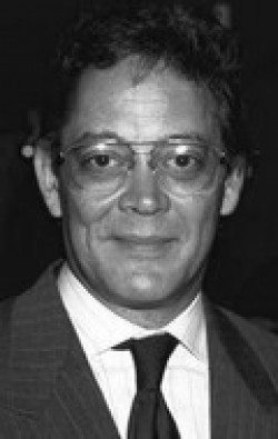 Actor Raul Julia - filmography and biography.