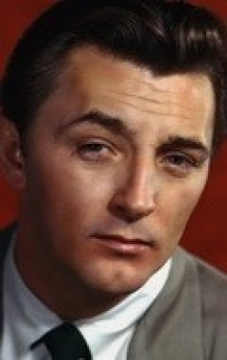 Actor, Writer, Producer Robert Mitchum - filmography and biography.