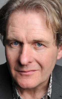 Actor Robert Bathurst - filmography and biography.