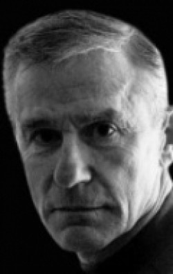 Actor, Director, Producer Roddy McDowall - filmography and biography.