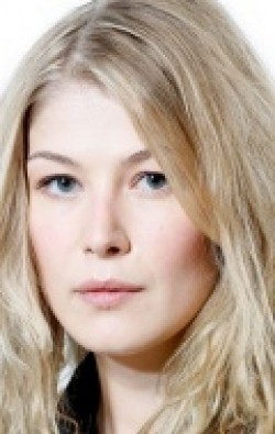 Actress Rosamund Pike - filmography and biography.
