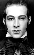 Actor, Producer Rudolph Valentino - filmography and biography.