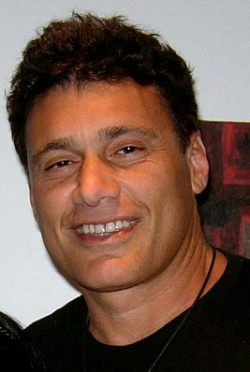 Actor, Producer Steven Bauer - filmography and biography.