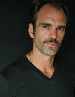 Steven Ogg movies and biography.