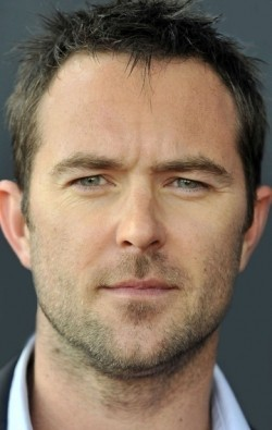 Actor Sullivan Stapleton - filmography and biography.