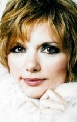 Actress Teryl Rothery - filmography and biography.