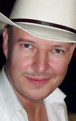 Actor, Director, Writer, Producer, Editor Tom Six - filmography and biography.