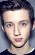 Actor Troye Sivan - filmography and biography.