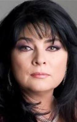 Actress Victoria Ruffo - filmography and biography.