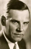 Actor Walter Huston - filmography and biography.