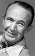 Actor Walter Brennan - filmography and biography.