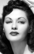 Yvonne De Carlo movies and biography.