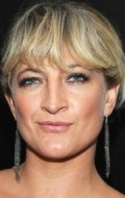 Actress, Producer Zoe Bell - filmography and biography.