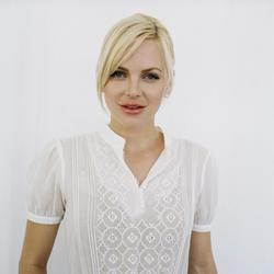 Anna Faris - best image in filmography.