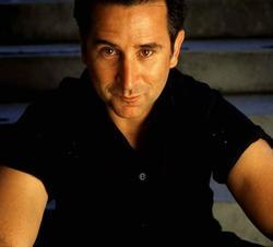 Anthony LaPaglia - best image in filmography.