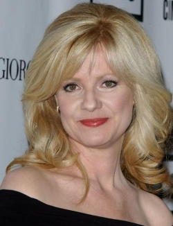 Bonnie Hunt - best image in biography.