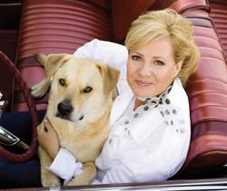 Bonnie Hunt - best image in filmography.