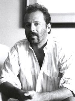 Bruce Willis - best image in filmography.