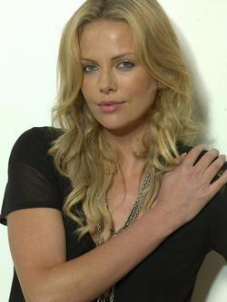 Charlize Theron - best image in filmography.