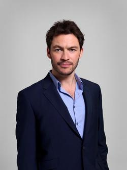 Dominic West - best image in filmography.