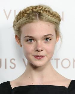 Elle Fanning - best image in biography.