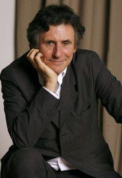 Gabriel Byrne - best image in biography.