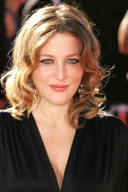 Gillian Anderson - best image in biography.
