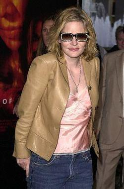 Jennifer Jason Leigh - best image in filmography.