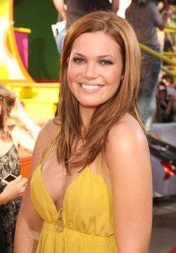 Mandy Moore - best image in biography.