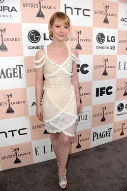 Mia Wasikowska - best image in biography.