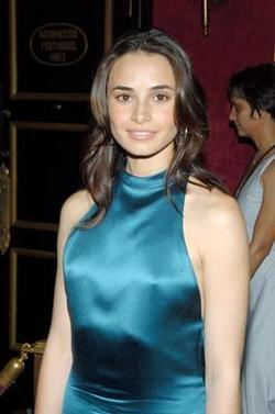 Mia Maestro - best image in biography.