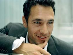 Raoul Bova - best image in filmography.