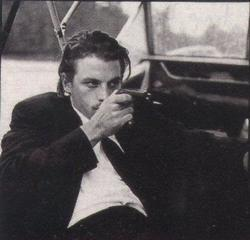 Skeet Ulrich - best image in filmography.