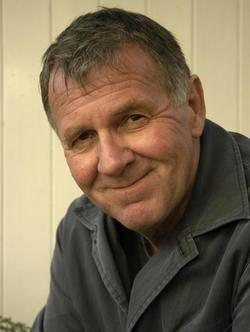 Tom Wilkinson - best image in filmography.