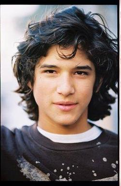 Tyler Posey - best image in filmography.