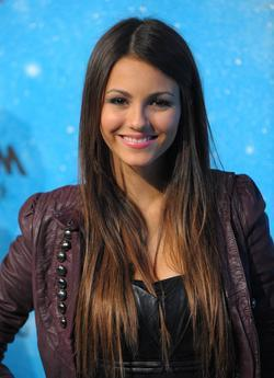 Victoria Justice - best image in biography.