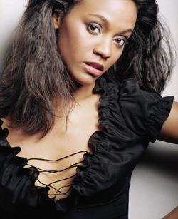 Zoe Saldana - best image in filmography.
