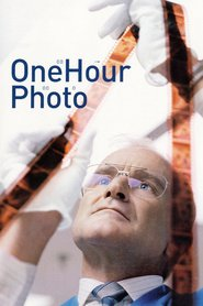 One Hour Photo is the best movie in Robin Williams filmography.