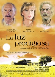 La luz prodigiosa is the best movie in Alfredo Landa filmography.